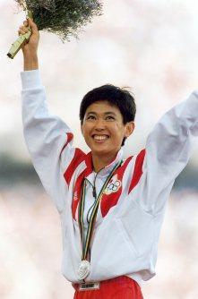 【1992バルセロナ五輪】女子マラソンで有森裕子が銀メダル。五輪陸上では1928年アムステルダムオリンピックで銀メダルを獲得した人見絹枝以来、64年ぶりの快挙に