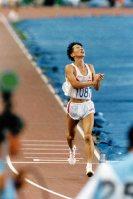 【1992バルセロナ五輪】男子マラソンで森下広一が銀メダル。男子マラソンでメダルを獲得したのは1968年のメキシコ五輪の君原健二以来、24年ぶり=片山喜久哉撮影