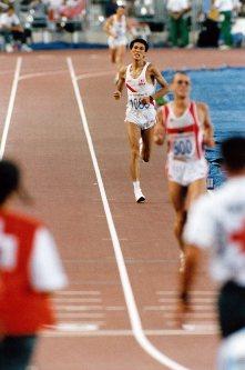 【1992バルセロナ五輪】男子マラソン中山竹通は4位で惜しくもメダル獲得はならなかった