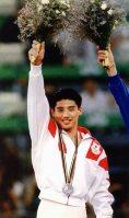 【1992バルセロナ五輪】体操種目別の床運動。池谷幸雄が月面宙返りの着地を決め、9.787の高得点をマークし銀メダル