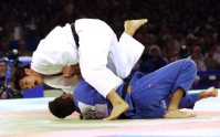 【2000シドニー五輪】柔道100キロ級で井上康生が金メダル。決勝はギル(カナダ)に内股で一本勝ち=川田雅浩撮影
