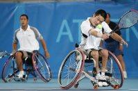 【2004アテネパラリンピック】車いすテニス男子ダブルスで金メダルを獲得した斎田悟司、国枝慎吾組