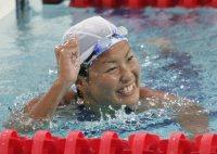 【2004アテネ五輪】女子800メートル自由形で柴田亜衣が金メダル。女子選手の競泳金メダルはバルセロナ五輪の岩崎恭子以来12年ぶり=小関勉撮影