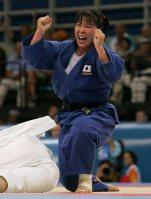 【2004アテネ五輪】柔道女子78キロ級で阿武教子が金メダル。アトランタ、シドニーと過去2度の大会に出場するものの2回連続で初戦敗退。「三度目の正直」となった今回で悲願を達成した=野田武撮影