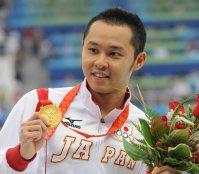【2008北京五輪】北島康介が男子200メートル平泳ぎで金メダルを獲得し、2大会連続の平泳ぎ2冠を飾った=平田明浩撮影