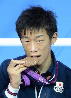 【2012ロンドン五輪】ボクシング男子バンタム級で銅メダルの清水聡。銅メダルを紛失して盗難届を出したが、後に自宅で見つかった=西本勝撮影