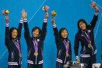 【2012ロンドン五輪】女子400メートルメドレーリレー決勝のタイムは日本新の3分55秒73。3大会ぶりに3位に入った日本。(左から)寺川綾、鈴木聡美、加藤ゆか、上田春佳=森田剛史撮影