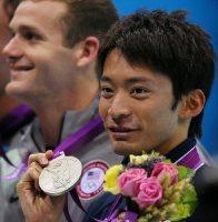 【2012ロンドン五輪】男子200メートル背泳ぎで銀メダルを獲得した入江陵介。表彰式後入江は「国際大会ではずっと2位が多くて。なかなか景色が変わらないなあ」と話した=森田剛史撮影