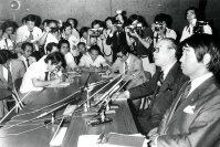 【1980モスクワ五輪】JOC臨時総会でモスクワ五輪不参加を決定したことを記者会見で伝える柴田勝治JOC委員長。「政府見解を無視できぬ」と話した