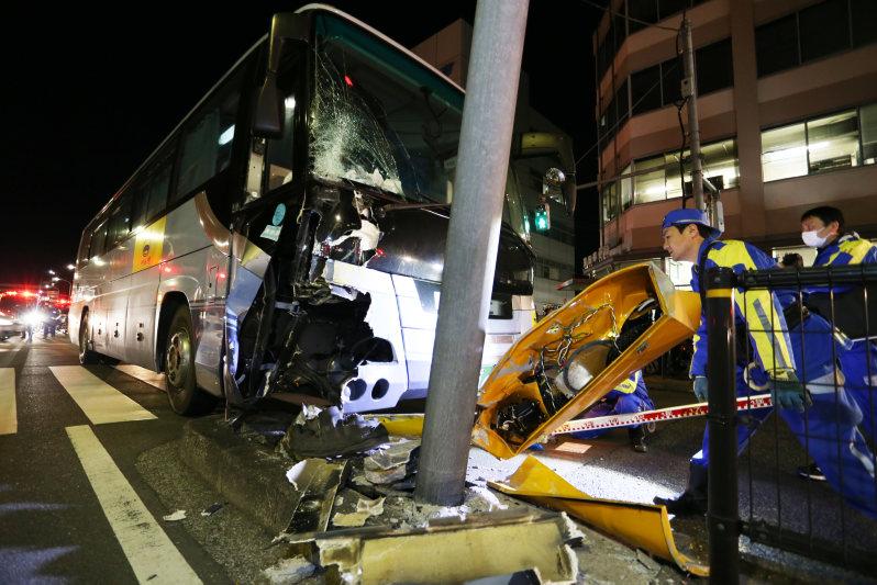 JR貸切バス事故