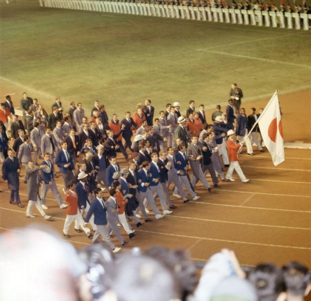 閉会 東京 式 オリンピック