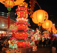 Lanterns are seen lit up during the Nagasaki Lantern Festival, on Feb. 8, 2016. (Mainichi)