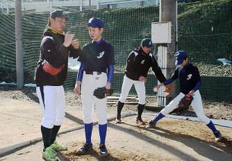 野球教室:伏木海陸選手、中学生...