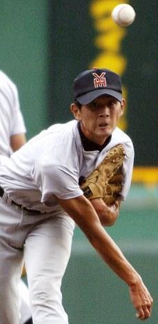 涌井秀章(横浜)=2004年8月3日撮影