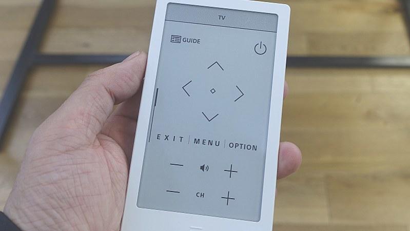 電子ペーパーを活用したリモコン「ハウス」。自分が便利と思えるリモコンを自由に作れるのが特徴