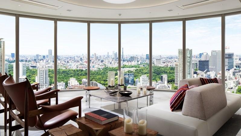 東京を一望できる「パークコート赤坂檜町ザ タワー」のリビング