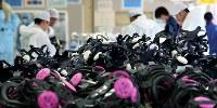 入退域管理施設に用意される大量の全面マスク=福島第1原発で2016年2月12日、森田剛史撮影、森田剛史撮影
