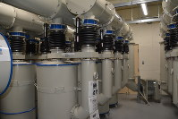 機械室に設置されている放射線防護施設のタンク=御前崎市の特別養護老人ホーム「灯光園」で