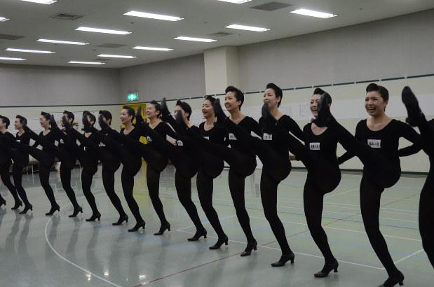 ダンス 宝塚 ライン