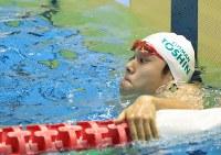 男子50メートル自由形決勝を制すも派遣標準記録を破れなかった中村克=東京辰巳国際水泳場で2016年4月10日、梅村直承撮影
