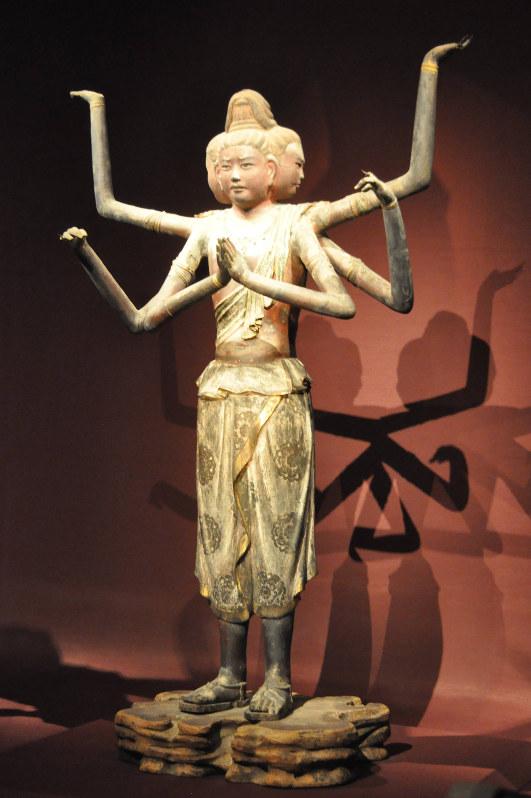 奈良市の興福寺の阿修羅立像