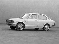 4ドア1200デラックス=1970年05月06日発表