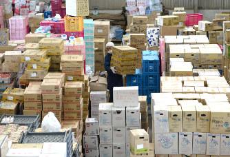 熊本地震:支援物資、分配混乱 ...