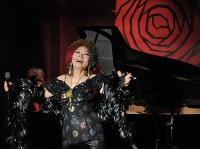戸川昌子さん 85歳=シャンソン歌手、作家(4月26日死去)