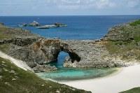 世界自然遺産・小笠原諸島(2011年登録) 写真は南島