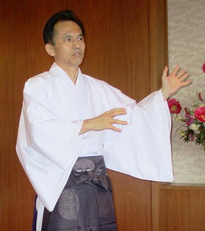 輝集人:熊野那智大社宮司・男成...