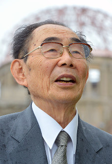 Shoso Muneto is pictured on May 16, 2016. He says that the wish of A-bomb survivors is not to receive an apology for the atomic bombings, but to ensure that the ravages of war are never repeated. (Mainichi)