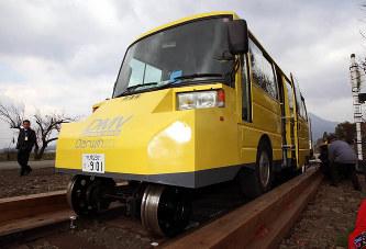 阿佐海岸鉄道:DMVのみ10キロ運...