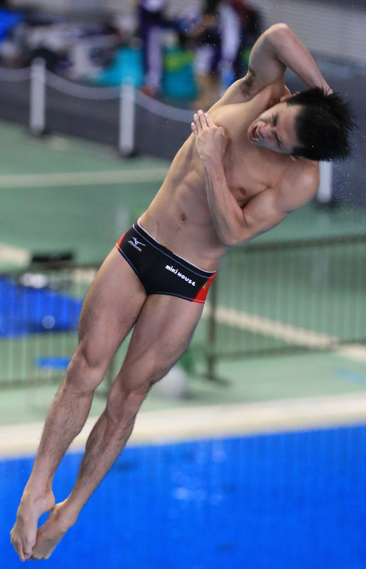 飛び込み:坂井が優勝 日本室内選手権第2日 - 毎日新聞