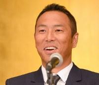 広島へ復帰し、記者会見で笑顔を見せる黒田博樹=広島市中区で2015年2月16日午後1時33分、大西岳彦撮影