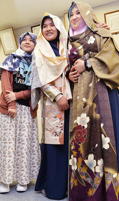 異教の隣人:ムスリムと衣服編 なぜ覆う?女性のファッション 神様が ...