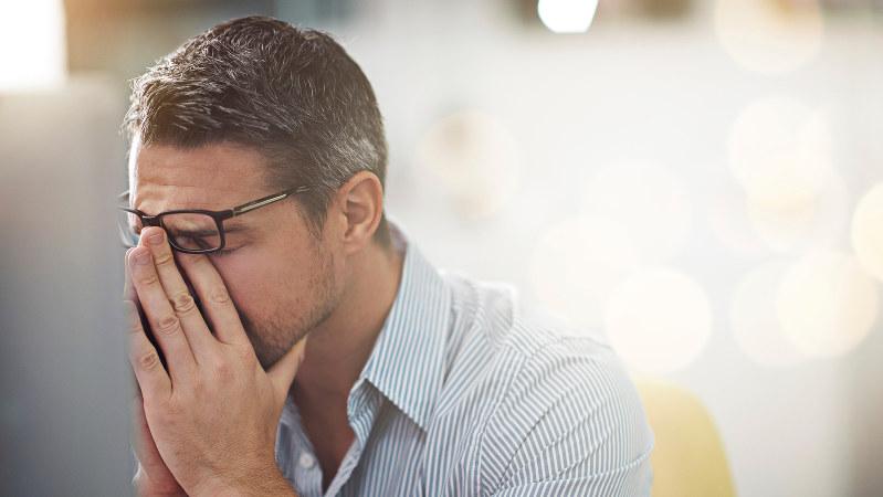 指 の 関節 が 痛い 更年期 男性