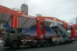 軍事パレードで披露された超音速対艦ミサイル「雄風3型」=2011年10月10日、大谷麻由美撮影