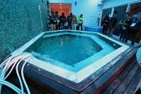 リオ五輪に出場する日本選手のための施設「ハイパフォーマンスサポート・センター」に用意された入浴設備の炭酸泉=リオデジャネイロ市内で2016年7月29日、山本晋撮影