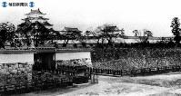 明治時代、名古屋城の全景=1904(明治37)年影
