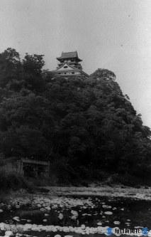 愛知県犬山市犬山城(白帝城)天守閣は国宝=1937年8月10日撮影
