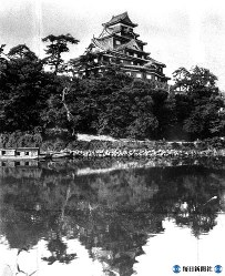 岡山市・岡山城天守閣(戦災で焼失)=1934年3月撮影