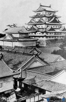 1945年5月14日の米軍の爆撃で消失する前の名古屋城