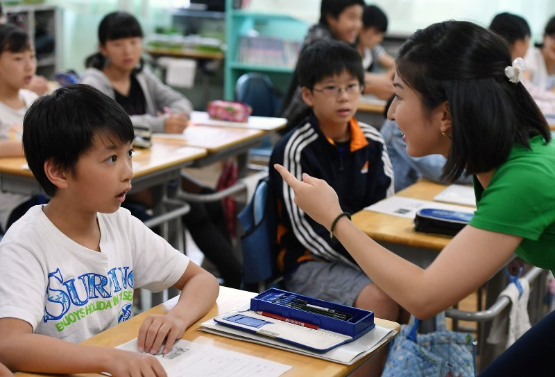Proposed new English curriculum feared to add heavier toll