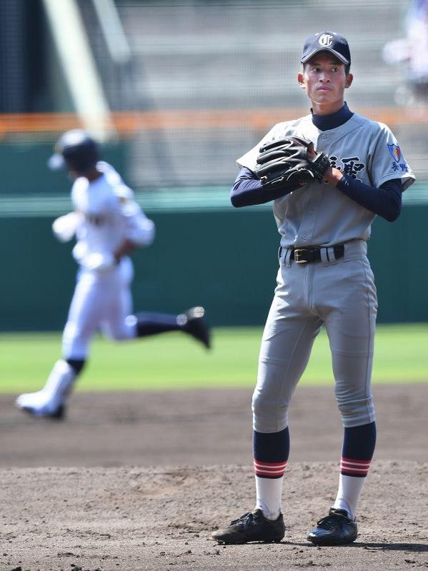 高校野球:第1日第1試合 佐久長...
