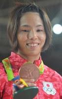 柔道女子57キロ級で銅メダルを獲得した松本薫=リオデジャネイロのカリオカアリーナで2016年8月8日、和田大典撮影