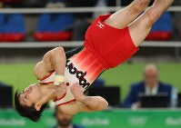 Kohei Uchimura performs his floor exercise at the men's gymnastics all-around finals in the Rio Olympics, on Aug. 10. 2016. (Mainichi Photo/Masahiro Ogawa)
