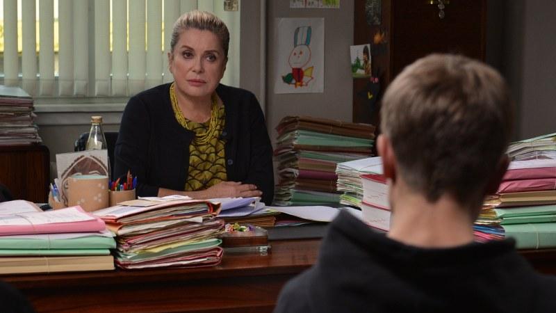 (c) 2015 LES FILMS DU KIOSQUE - FRANCE 2 CINÉMA - WILD BUNCH - RHÔNE ALPES CINÉMA – PICTANOVO