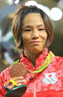 柔道の女子57キロ級で、銅メダルを獲得した松本薫=2016年8月8日、梅村直承撮影