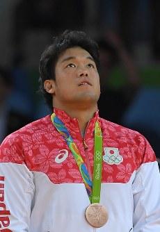 柔道の男子100キロ級で銅メダルを獲得した羽賀龍之介=2016年8月11日、和田大典撮影