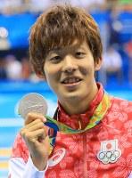 競泳のバタフライ200メートルで銀メダルを獲得した坂井聖人=2016年8月9日、梅村直承撮影